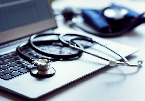 how to be hipaa compliant using aws image